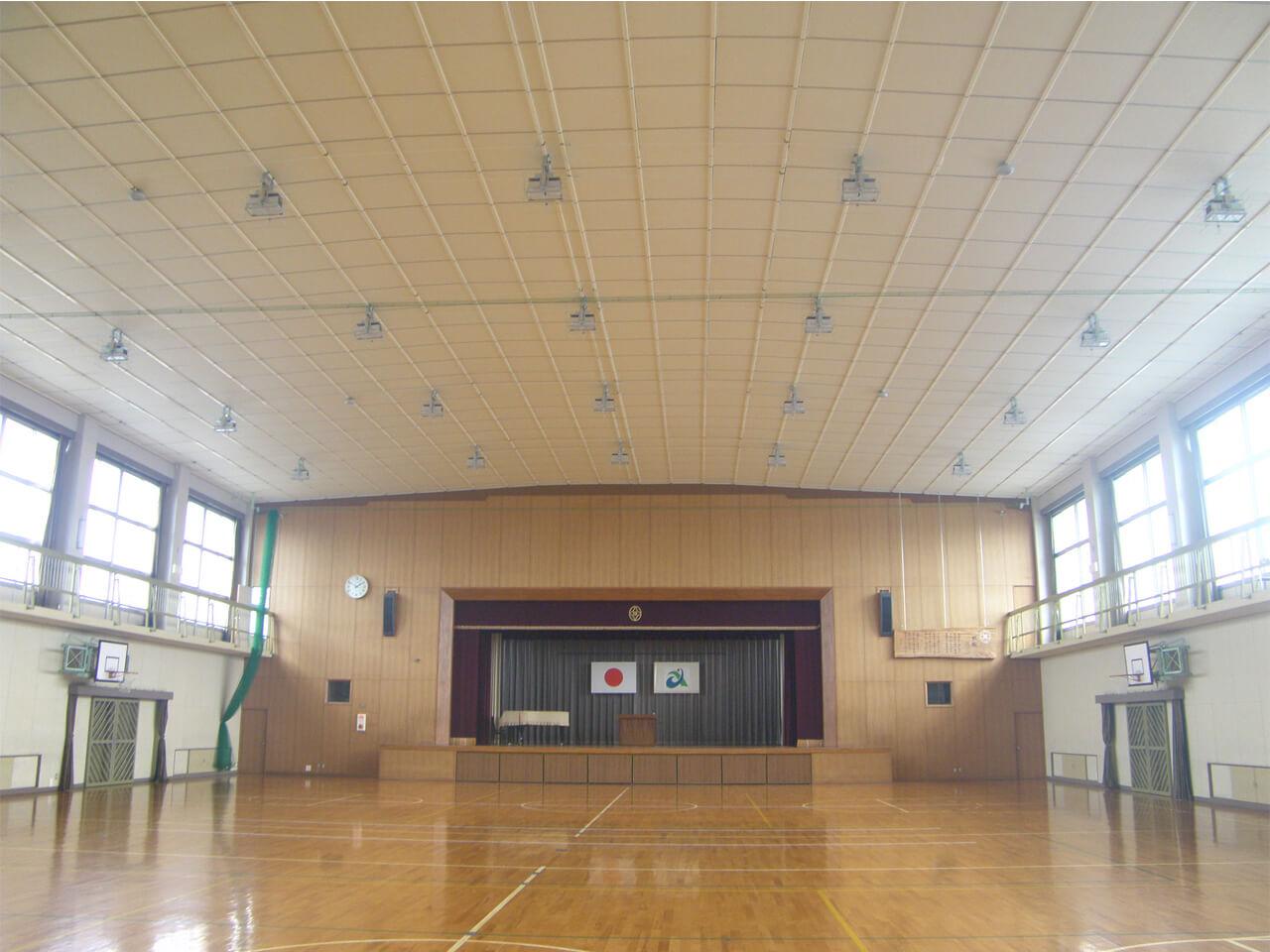 勝幡小学校屋内運動場非構造部材耐震改修工事